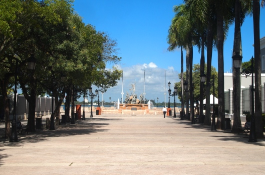 Paseo de la Princesa with Raices and Bahia de San Juan at the end