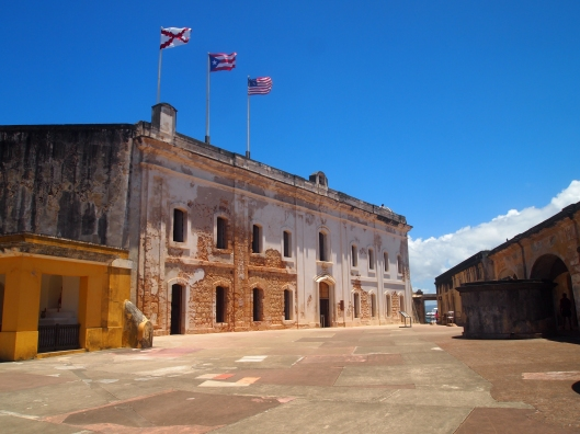 courtyard at Castillo de San Cristóbal