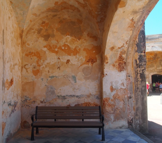 shady spot at Castillo de San Cristóbal