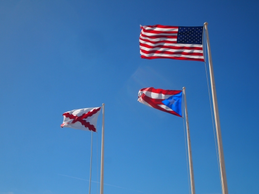 Flagpoles on El Morro today customarily fly the United States flag, the Puerto Rican flag and the Cross of Burgundy Flag, also known in Spanish as las Aspas de Borgoña, a standard which was widely used by Spanish armies around the world from 1506–1785.