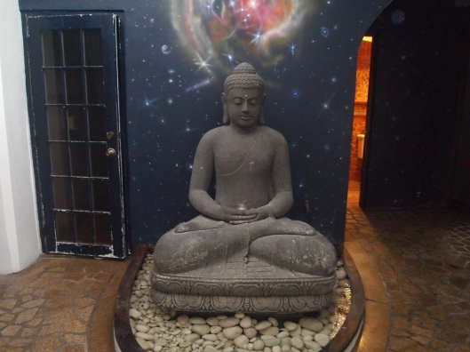 Buddha in the courtyard at Acacia Boutique Hotel